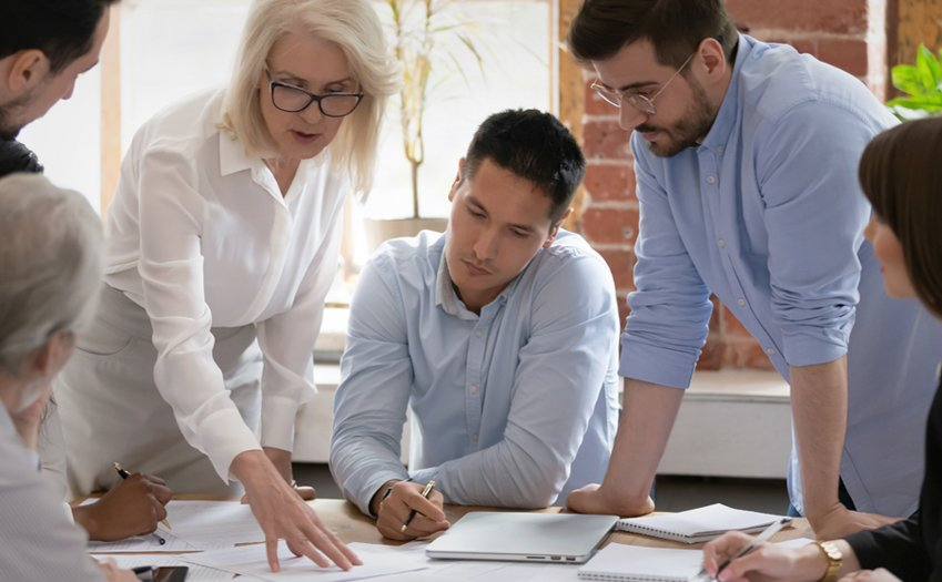 7 Keys to Helping Your Sales Team Meet Their Goals